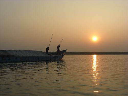 Boot auf dem Fluss Padma