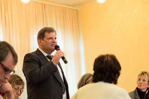 Bürgermeister Fabian im Gespräch mit Bürgern, Foto: Ludwig Ander-Donath