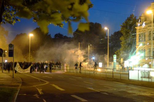 Krawall-Demo zieht Richtung Ring (Foto: Indymedia)
