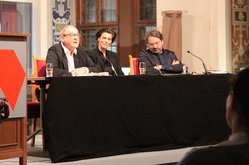 Carolin Emcke beim Leipziger Literarischen Herbst v.l.: Burghart Klaußner, Emcke, Stephan Detjen